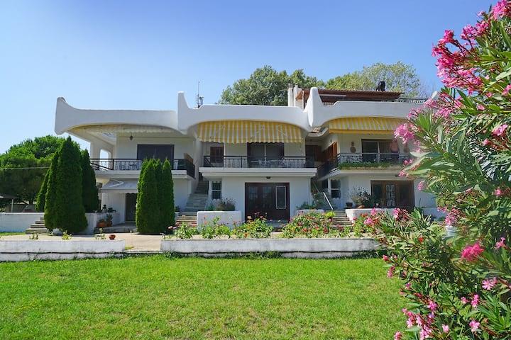 Villa Vasiliki (first floor)