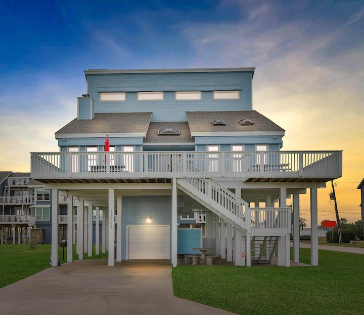 All-New Luxury 2nd-Row Beach House