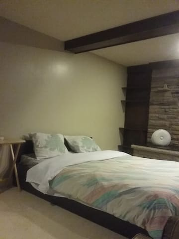 Room with Chimney - Toronto - Bed & Breakfast