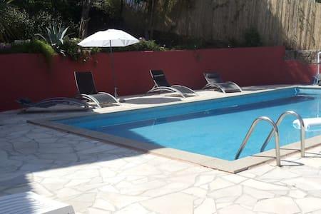 Chambre Zen avec piscine - 阿雅克肖(Ajaccio) - 住宿加早餐