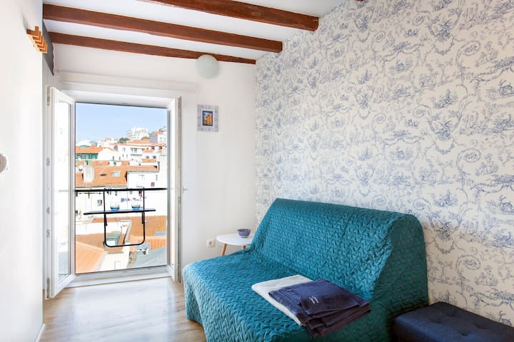 Mouraria I, Eco-duplex&french balcony&smart access
