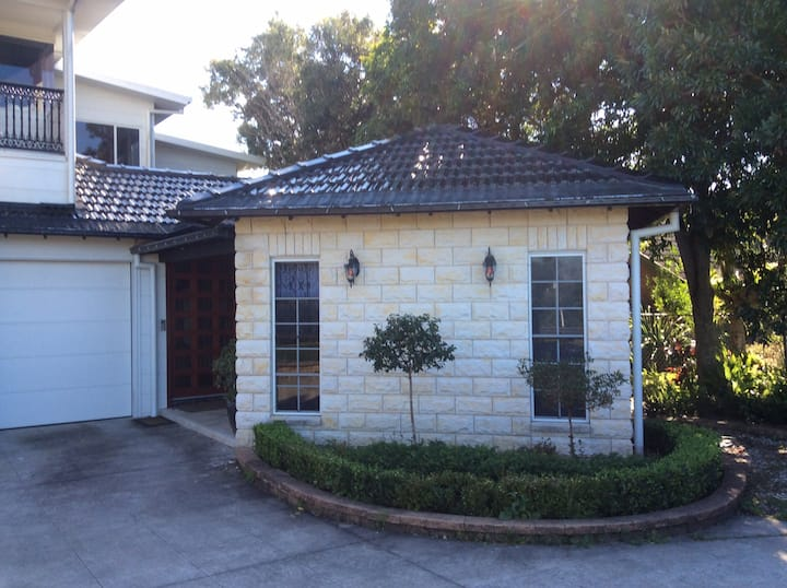 Beautiful Granny Flat in Sawtell with heated pool.