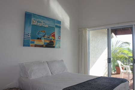 Double Bed Views of Port Vila - Wohnung