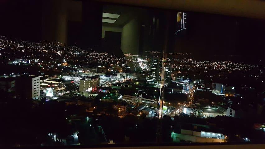 La mejor vista de la ciudad! - Tegucigalpa - Byt