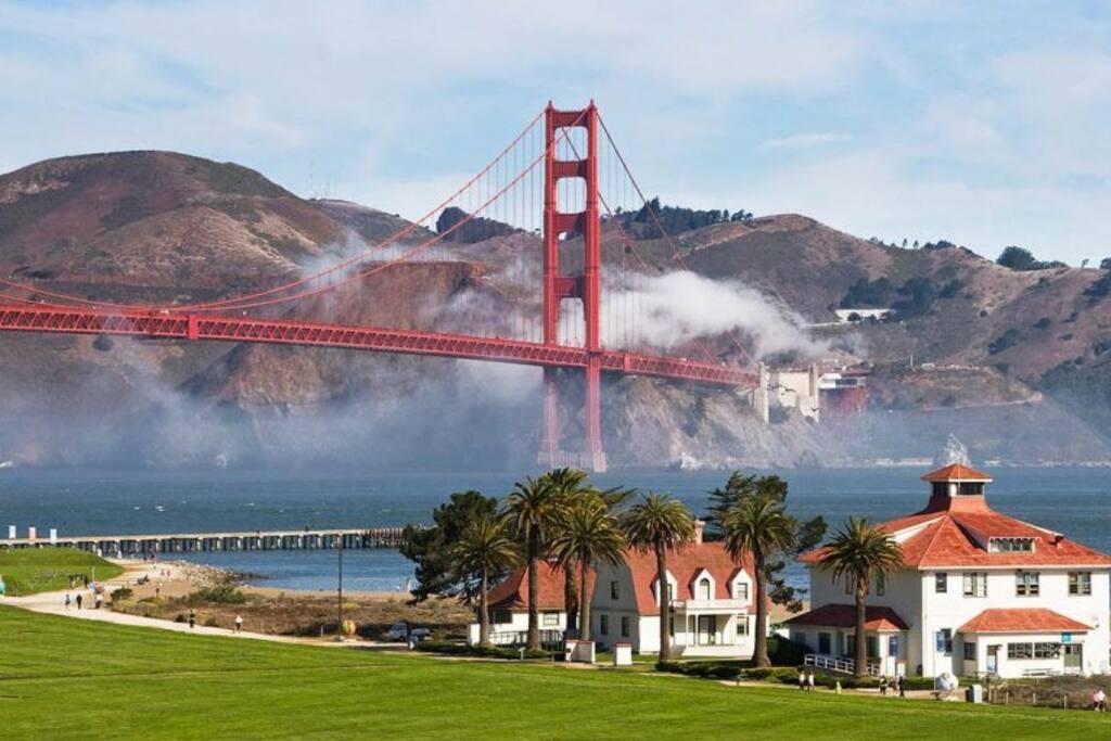 Golden Gate Steps Away