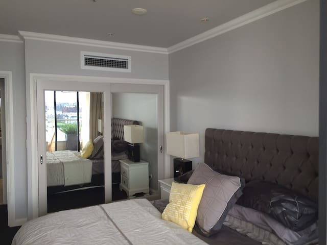 1. Sydney (Rocks) - 5 Star Facility - Millers Point - Appartement