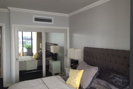 1. Sydney (Rocks) - 5 Star Facility - Millers Point - Apartmen