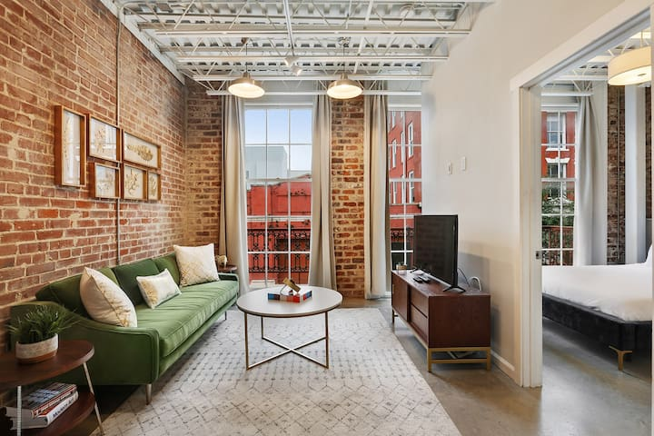 Domio | Warehouse District | Modern One Bedroom + Balcony