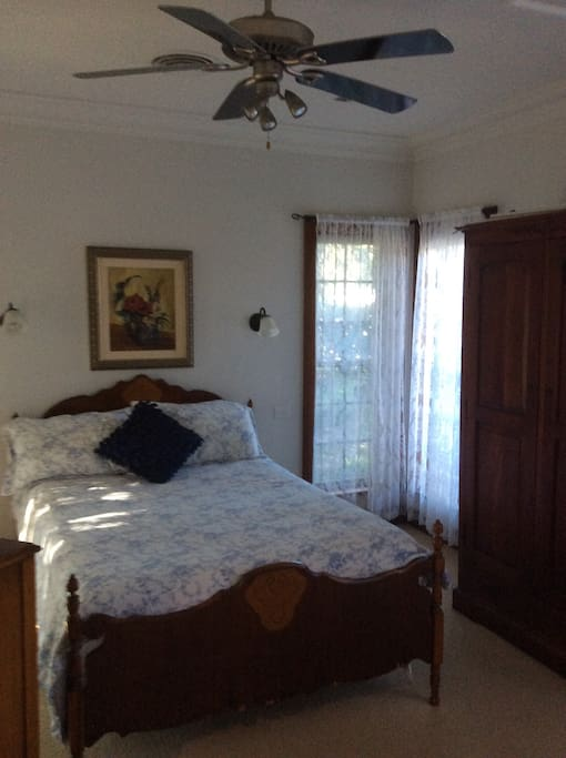 Bedroom double bed, wardrobe, chest of draws