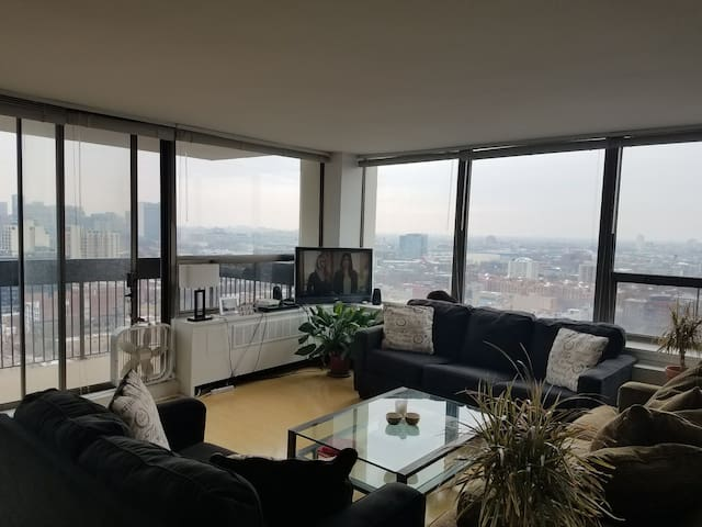 Amazing Views Old Town Apartment! - Chicago - Appartement en résidence