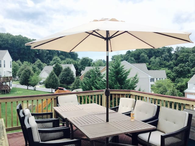 Spacious Rm, Historic Elliott City - Ellicott City - Casa