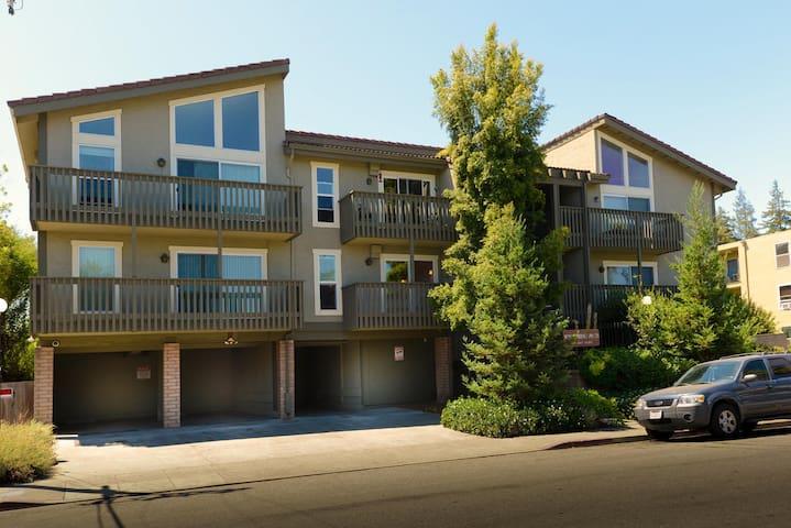Elegant gorgeous & very comfi condo - East Palo Alto - Apto. en complejo residencial