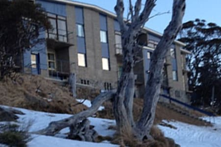 Chez Jean 2 Bedroom Apartment U/7 - Perisher Valley