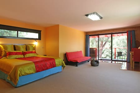 Oriental luxury close to wineries. - Healesville - Bed & Breakfast