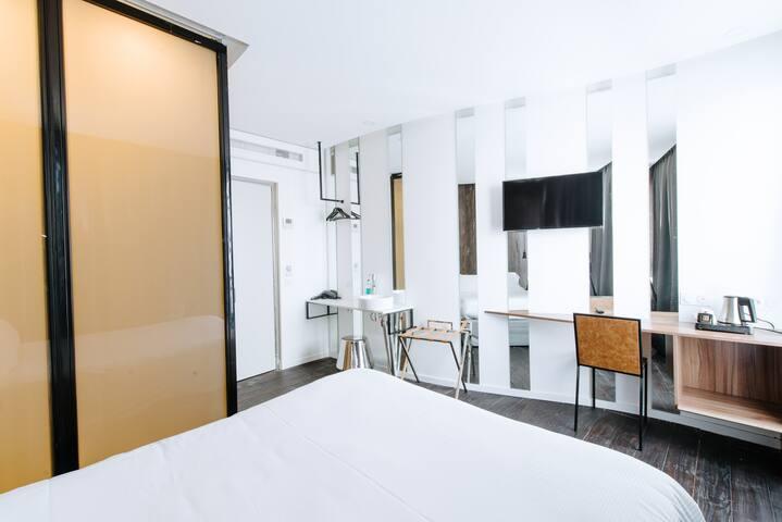 """Dolce vita """"Milan"""" room, free spa"""