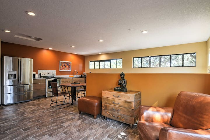 New! Sedona Suite w/ Mtn. Views & Ideal Location!