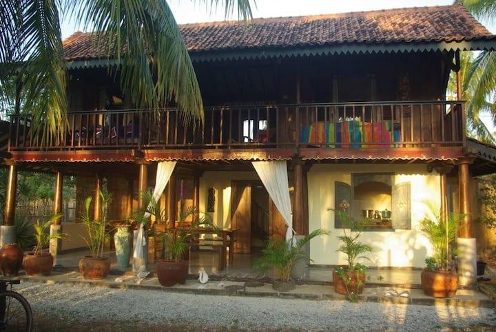 Villa Sayang Gili Meno:Family Villa w Pool, Garden