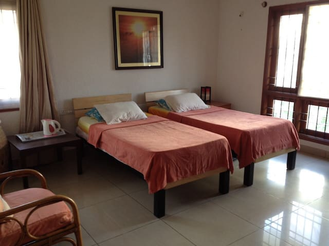 Homey & Spacious Room HSR Layout - Bangalore - Huis