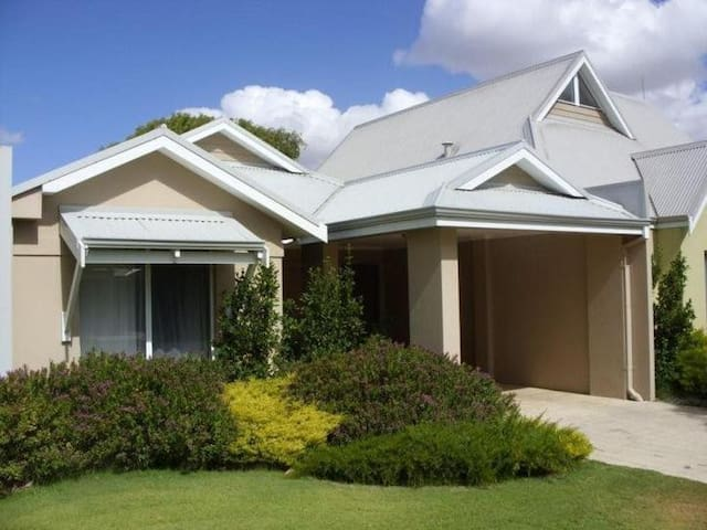 Resort style apartment located on Geographe Bay - Broadwater - Pis