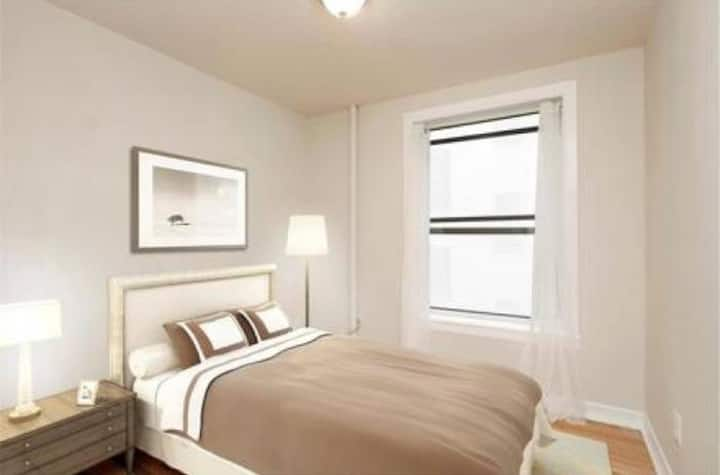 Room West 119th St for 1