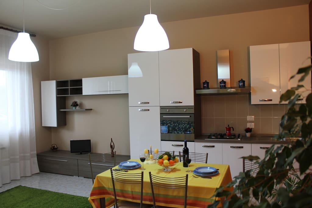 Raffinata casa vacanze con giardino apartamentos en - Filodiffusione in casa ...