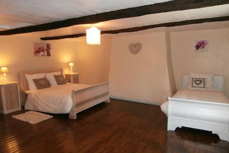 Chambre Corail 3 personnes - Le Croisty - Bed & Breakfast