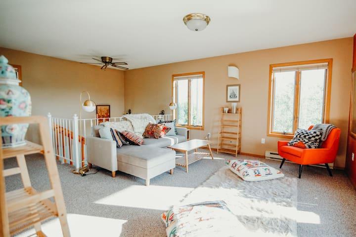 Sanctuary MT- Guest Space