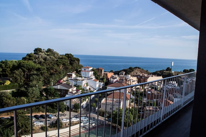 Awesome apartment with nice views! - Montgat - Wohnung