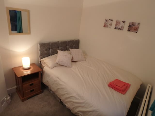Epsom Double Room