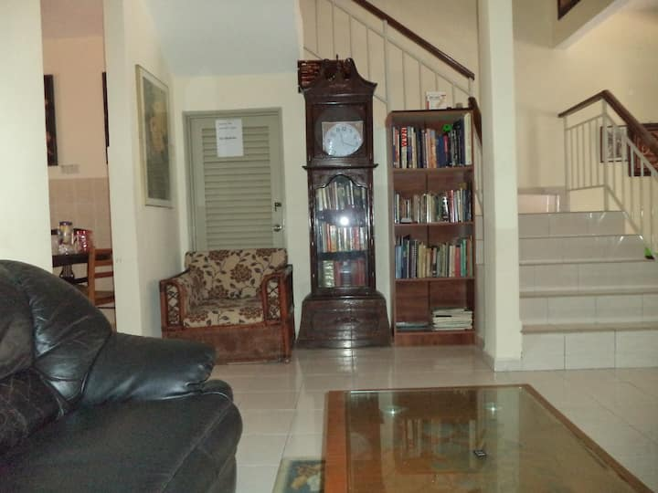 Clean  and Comfortable Homestay