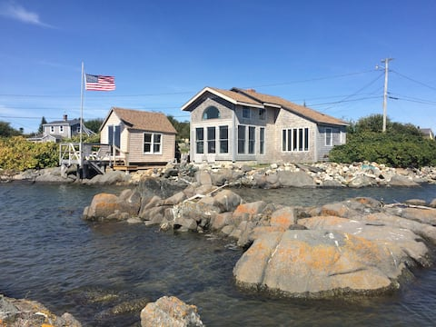 Perfect Downeast Rosehip Cottage