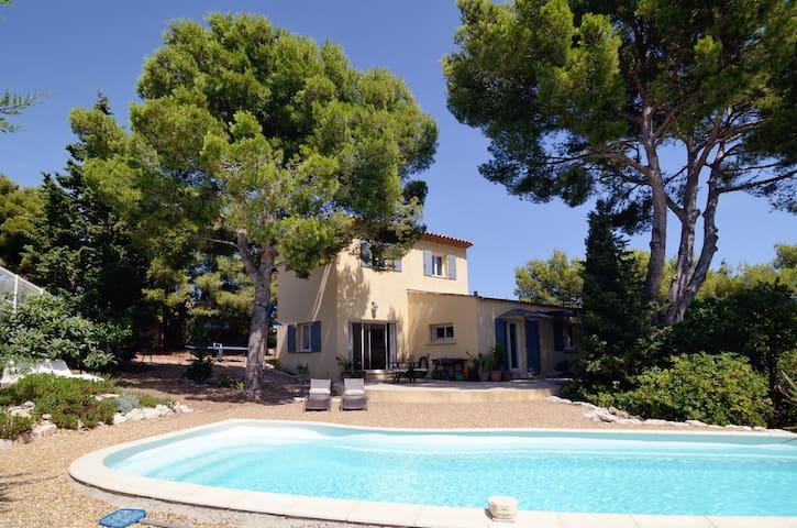 Maison avec piscine 100m de la mer