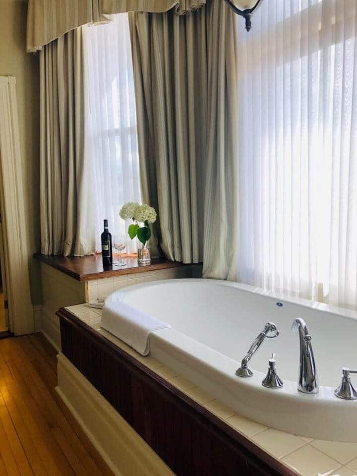 Beautiful Suite in Historic Home-Downtown Shediac