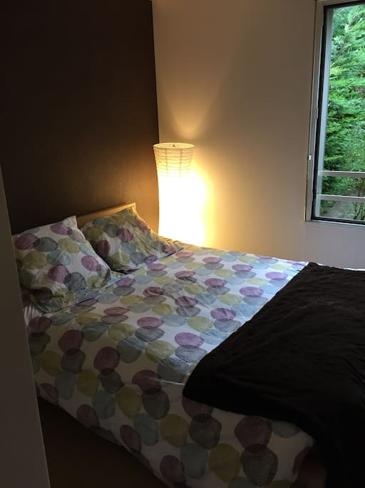 Chambre avec vue sur jardin privé