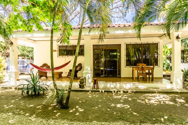 CRSMT Bungalows: Casa Rana