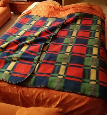 Habitación cama hinchable valencia - València - House