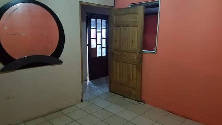 Apartamento de 2 habitaciones hogareño y tranquilo