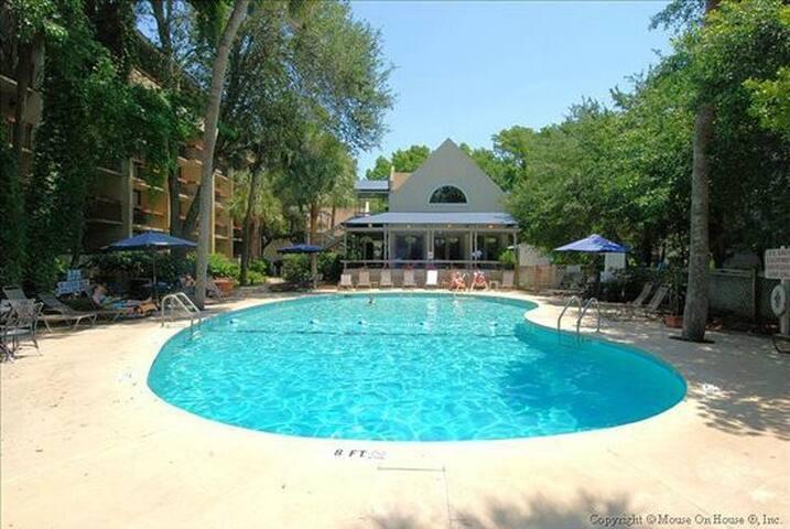Great Hilton Head Family Resort, Week 13 of 2020