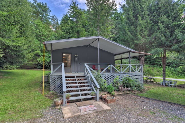 NEW! Private Hot Springs Hideaway w/ Creek On-Site