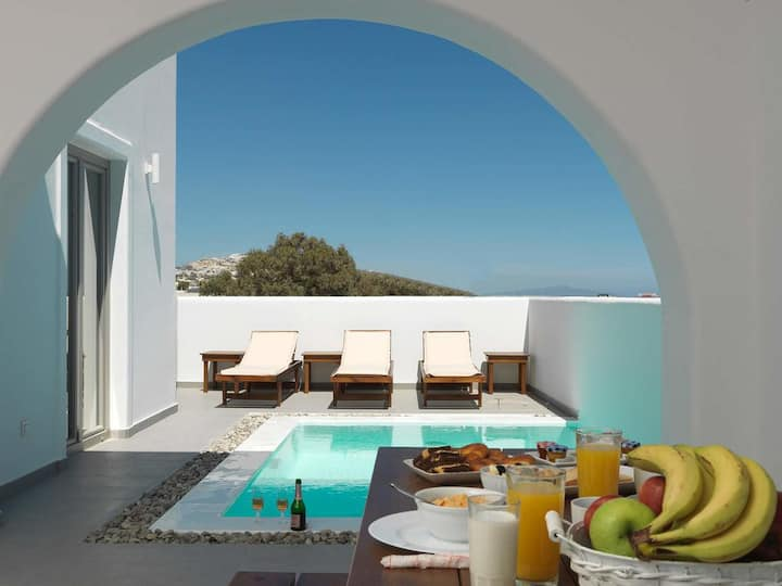 Drops 2Bedrooms Villa with Private Swimming Pool