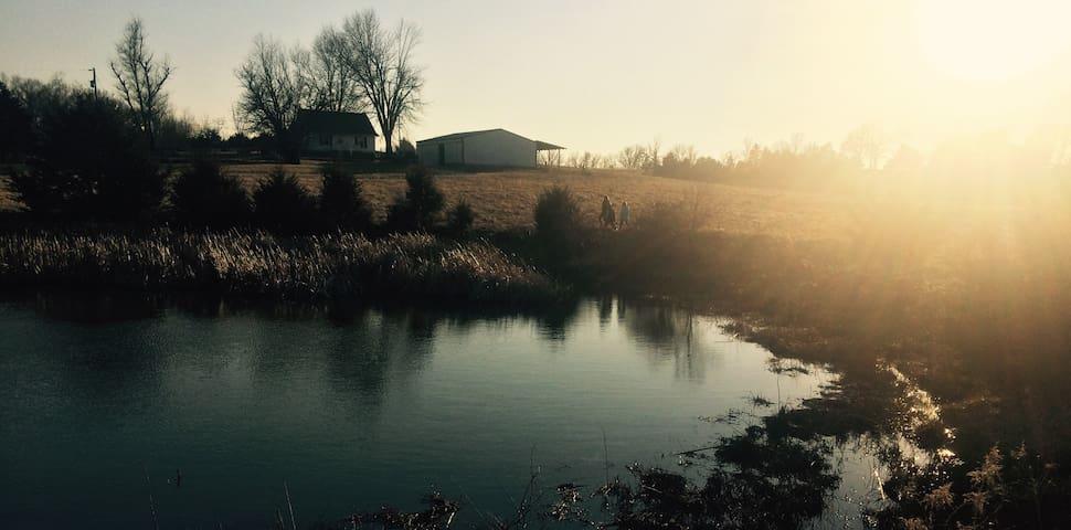 Abundant Hill Farm - Fulton - Hus