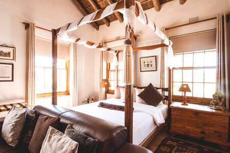 The Suite - Bedroom