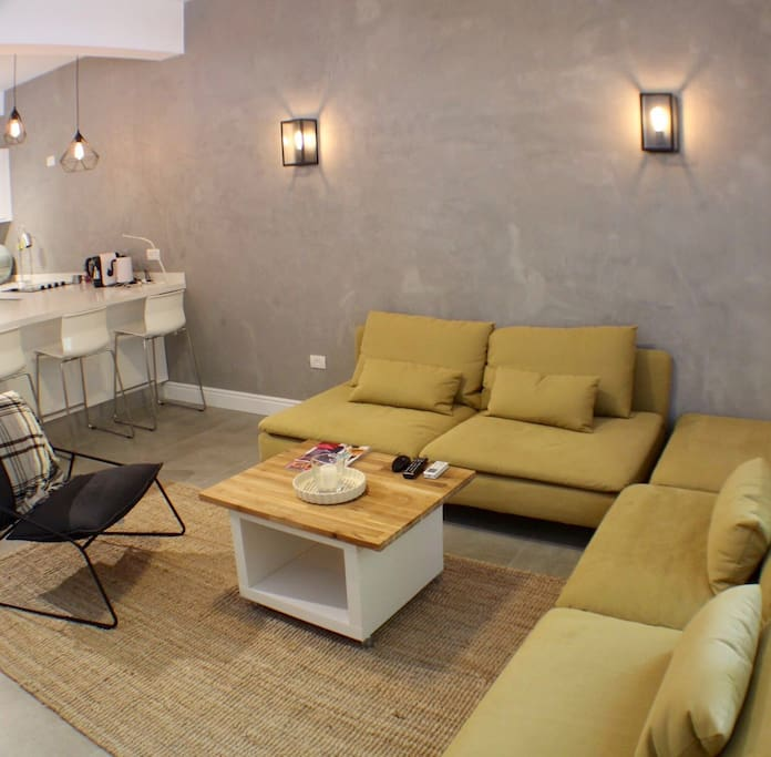 Spacious trendy living room