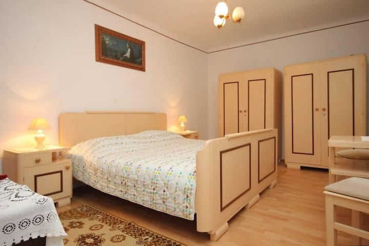 One bedroom apartment with terrace and sea view Veli Lošinj, Lošinj (A-8060-a) - Veli Lošinj - Appartement