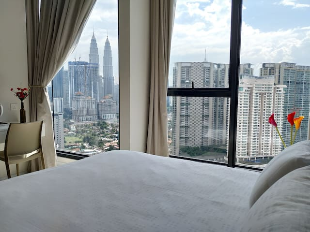 ExpressionZ - 1 Bedroom Suite KLCC Panoramic View