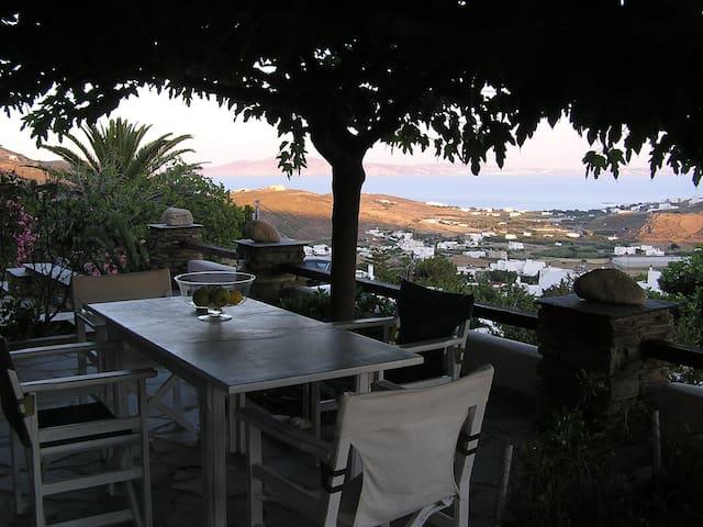 Relaxing at Santamare apartment - Agia Varvara - Lägenhet