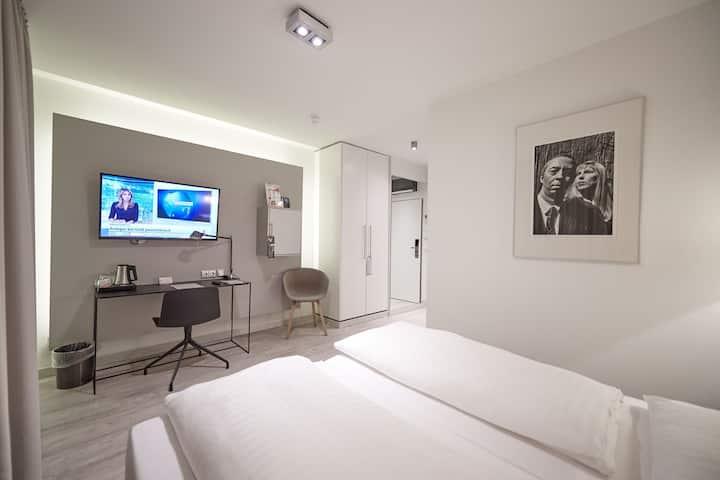 Doppelzimmer Hannover-Linden mit Frühstück
