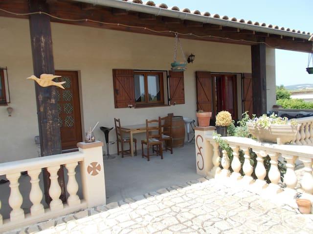 Chambre dans maison proche Limoux - Lauraguel - Talo