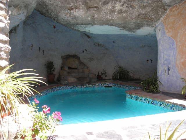 casa rustica, acogedora y tranquila - Guajar-Faragüit - Hus