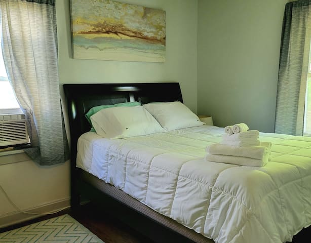 """Your bedroom features a 10"""" Lucid Gel Foam mattress, Lacoste sheets, and a Beautyrest comforter.  Sleep like a dream!"""